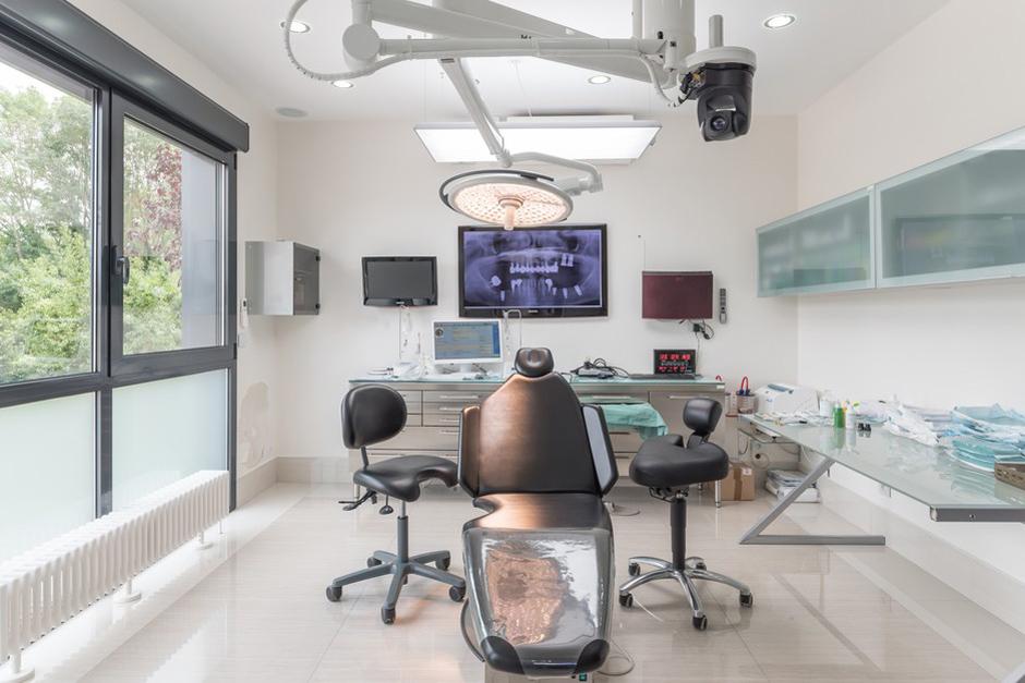 Bloc de chirurgie - Dentiste Persan