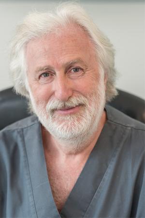 Dr Dan Levy-Amiel, Dentiste Persan