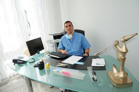 Dr Jérémy Smadja, Dentiste Persan