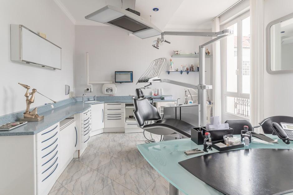 Salle de soins dentaire - Dentiste Persan